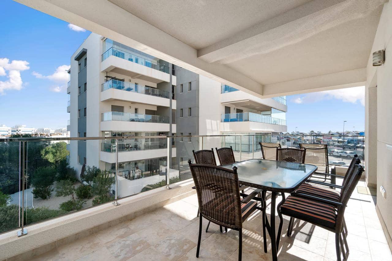 Piso de 2 habitaciones en Orihuela en venta con piscina garaje - 176.000 € (Ref: 4429218)