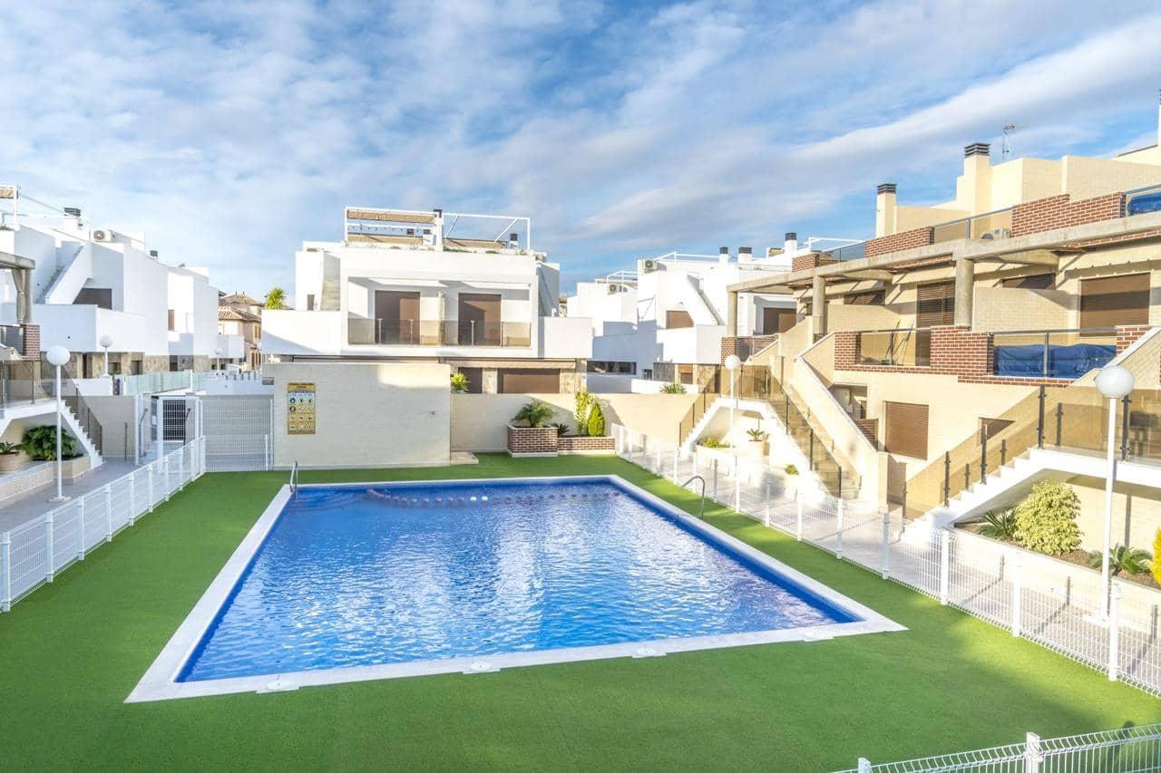 Piso de 3 habitaciones en Orihuela en venta con piscina - 205.000 € (Ref: 4429220)