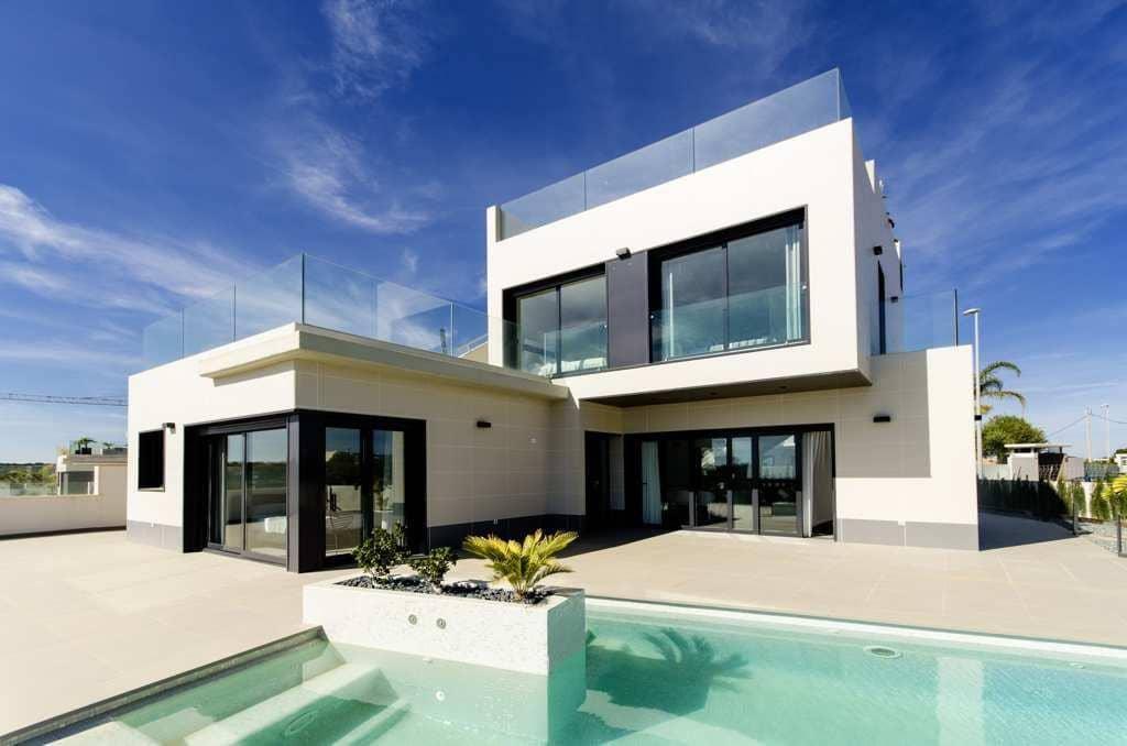 Chalet de 3 habitaciones en Orihuela en venta con piscina - 2.300.000 € (Ref: 4468359)