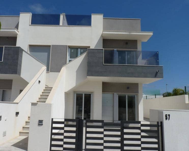 Bungalow de 2 habitaciones en Pilar de la Horadada en venta con piscina garaje - 160.000 € (Ref: 4580203)