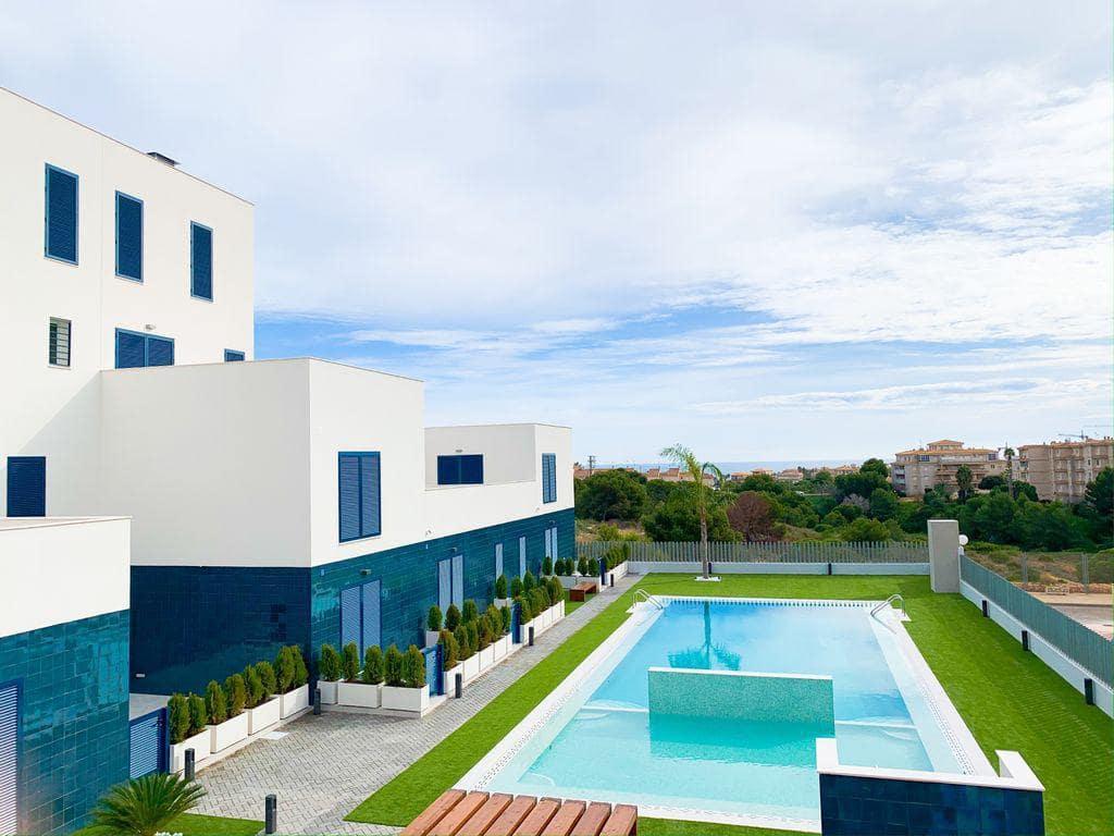 Piso de 2 habitaciones en Orihuela en venta con piscina - 194.000 € (Ref: 4961239)