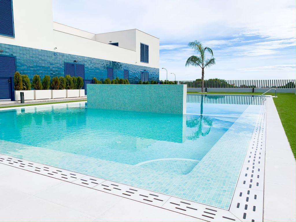 Piso de 2 habitaciones en Orihuela en venta con piscina - 172.000 € (Ref: 4961242)