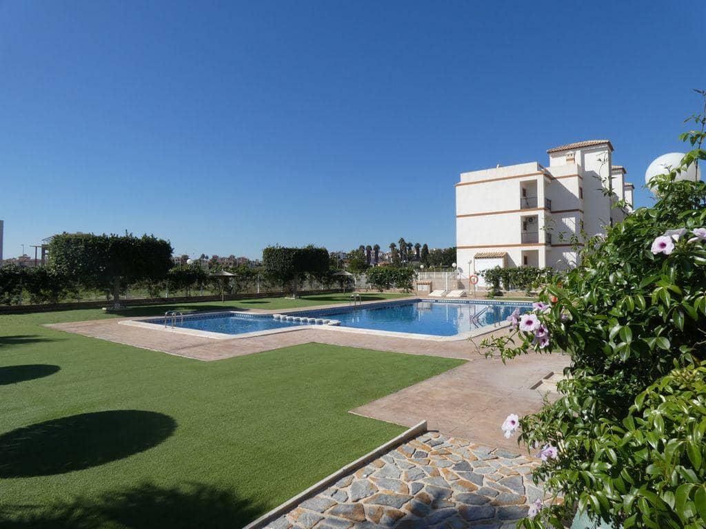 Piso de 2 habitaciones en Orihuela en venta con piscina - 112.000 € (Ref: 5035022)
