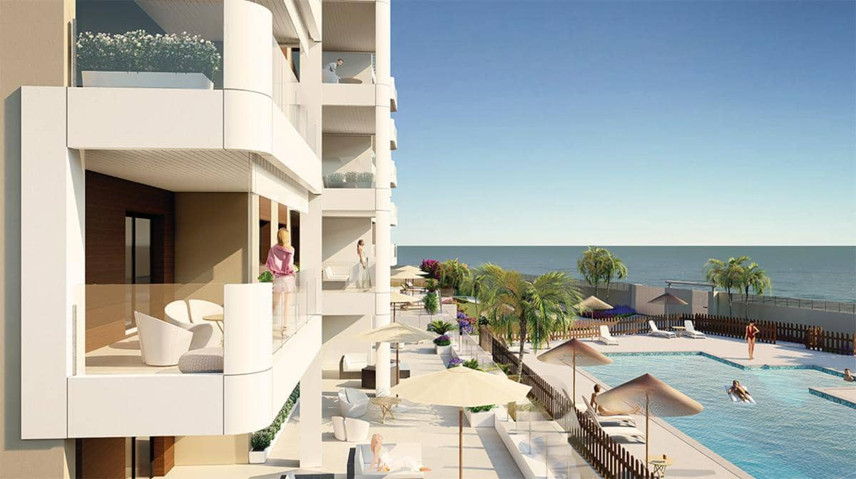 Piso de 2 habitaciones en Pilar de la Horadada en venta con piscina - 305.000 € (Ref: 5080839)