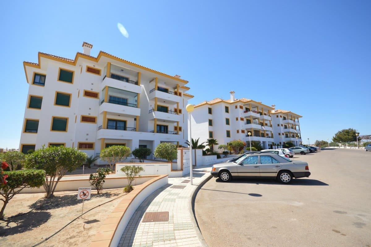 2 bedroom Apartment for sale in Campoamor with pool - € 158,600 (Ref: 3917166)