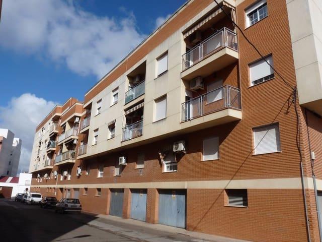 2 Zimmer Wohnung zu verkaufen in Almendralejo mit Garage - 50.000 € (Ref: 4295534)