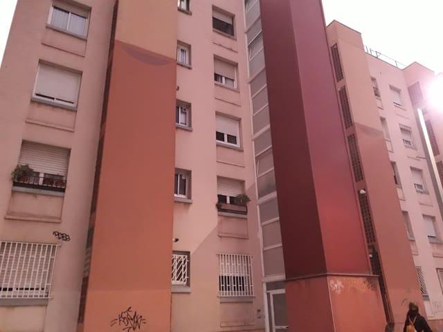 Piso de 4 habitaciones en Sant Vicenç dels Horts en venta - 168.100 € (Ref: 5635583)