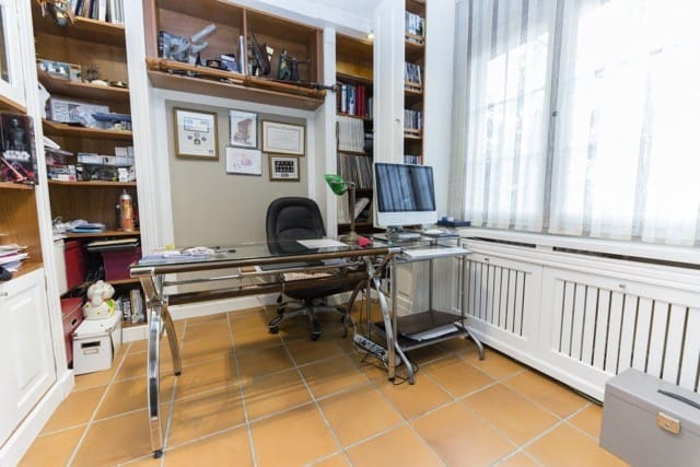 6 chambre Villa/Maison Semi-Mitoyenne à vendre à Galapagar avec piscine garage - 430 000 € (Ref: 6000730)