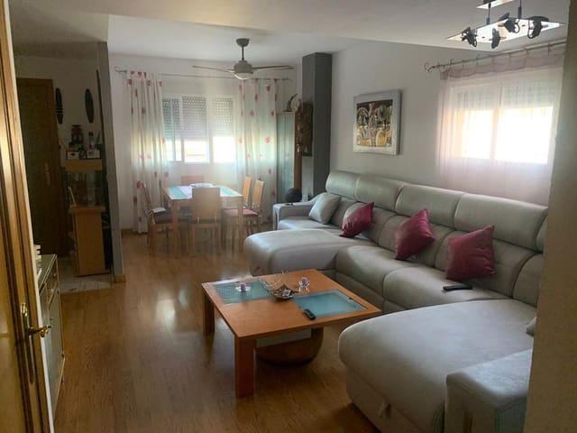 4 quarto Moradia em Banda para venda em Badajoz cidade com piscina garagem - 230 000 € (Ref: 6118721)