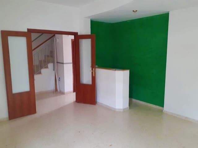 4 soverom Rekkehus til salgs i Badajoz by - € 96 000 (Ref: 6205965)