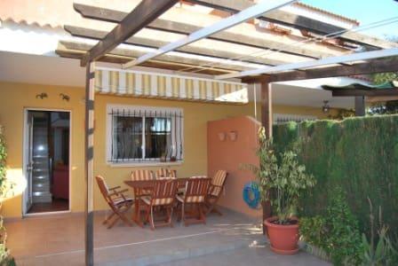 2 sypialnia Bungalow do wynajęcia w Els Poblets z basenem - 550 € (Ref: 4782179)