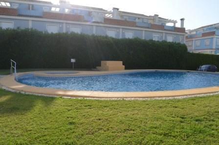 2 Zimmer Ferienreihenhaus in Els Poblets mit Pool - 480 € (Ref: 4879723)