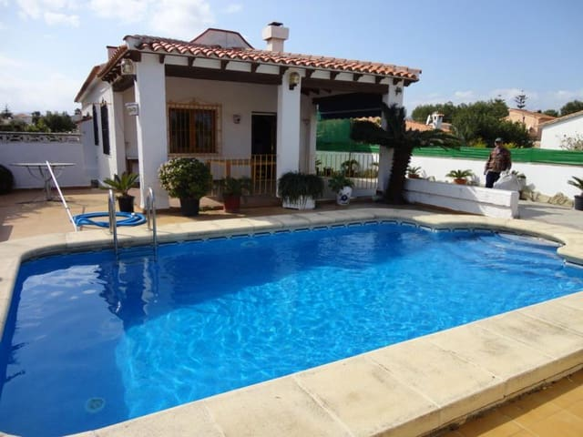 4 bedroom Villa for holiday rental in Els Poblets with pool - € 600 (Ref: 5116579)