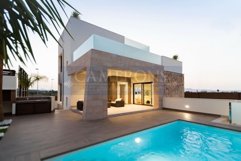 Chalet de 2 habitaciones en Benijófar en venta con piscina - 289.000 € (Ref: 5047123)