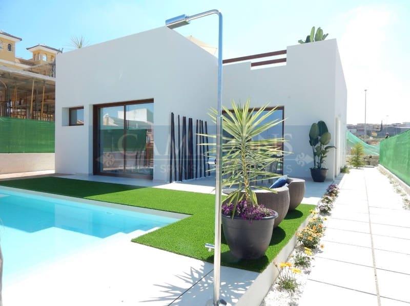 Chalet de 3 habitaciones en Benijófar en venta con piscina - 314.900 € (Ref: 5047312)