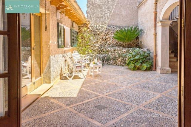 5 soverom Hus til salgs i Petra med garasje - € 540 000 (Ref: 4301855)