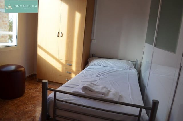 2 soveværelse Lejlighed til leje i Playas de Muro / Platges de Muro - € 750 (Ref: 5189189)