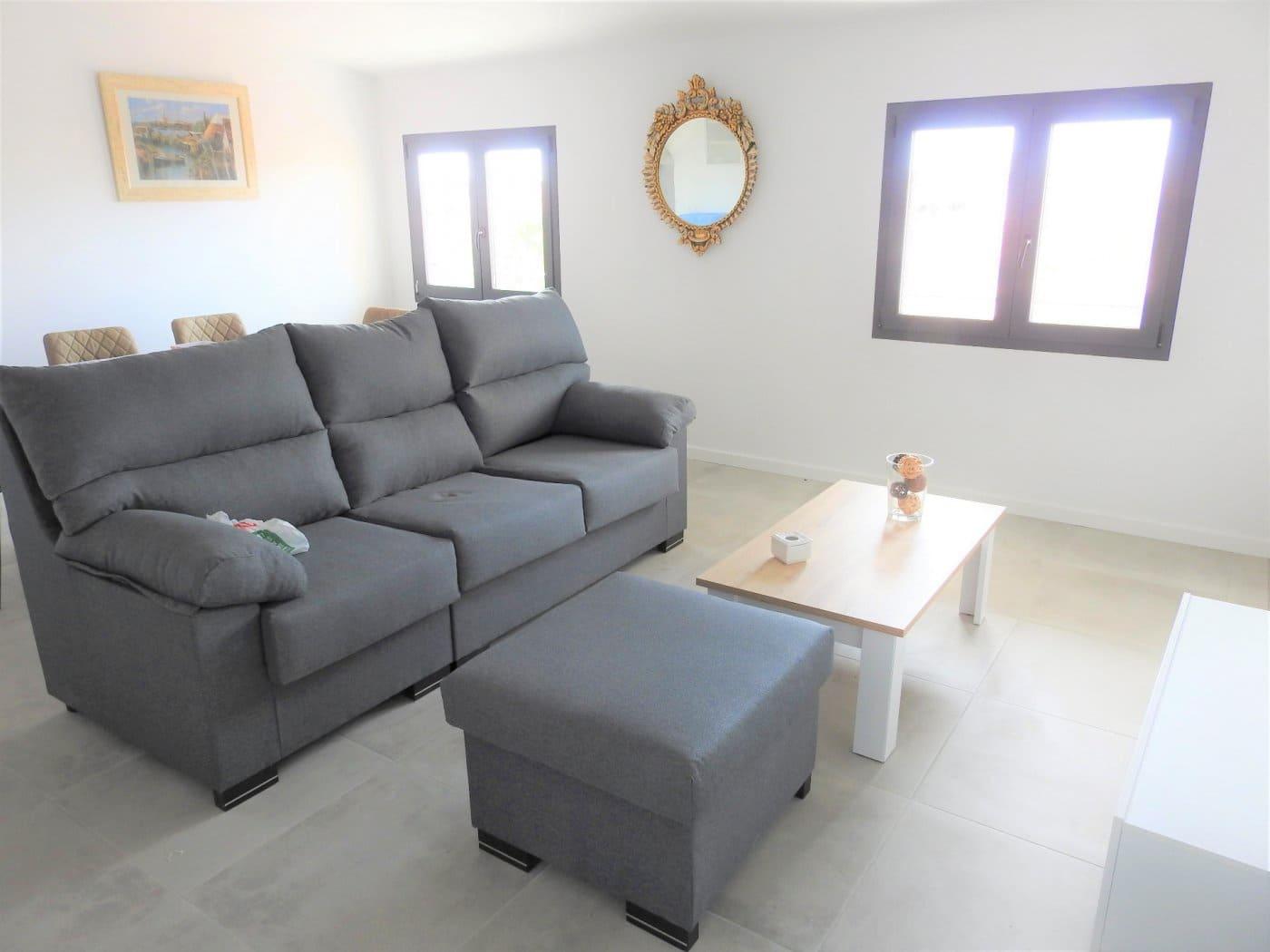 3 slaapkamer Penthouse te huur in Santa Margalida - € 825 (Ref: 5355143)