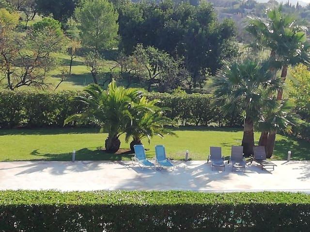 Adosado de 3 habitaciones en Moscari en venta con piscina - 331.000 € (Ref: 5641065)
