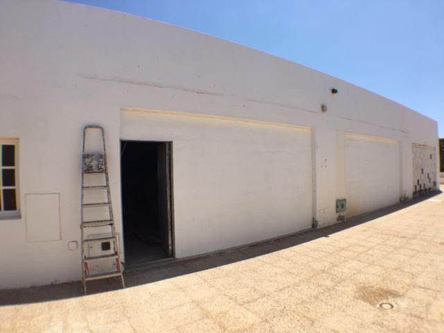 Kommersiell till salu i Costa Teguise - 91 997 € (Ref: 3280795)