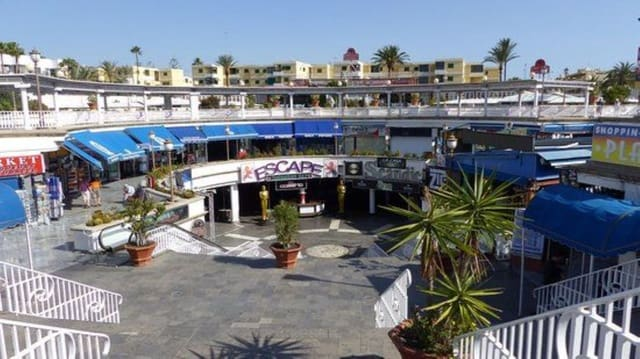 Commercial for rent in Playa del Ingles - € 2,750 (Ref: 4789376)