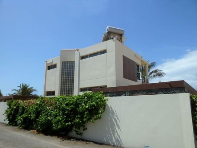 6 bedroom Villa for sale in San Bartolome de Tirajana with pool garage - € 1,500,000 (Ref: 5141497)