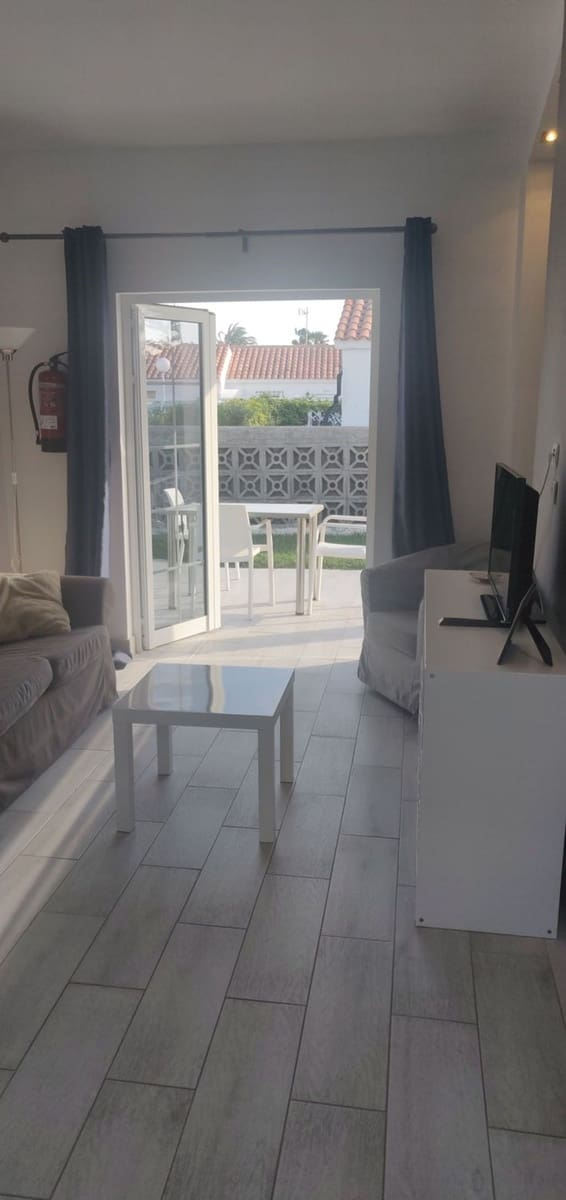 1 soveværelse Byhus til leje i Playa del Ingles med swimmingpool - € 1.000 (Ref: 5845963)