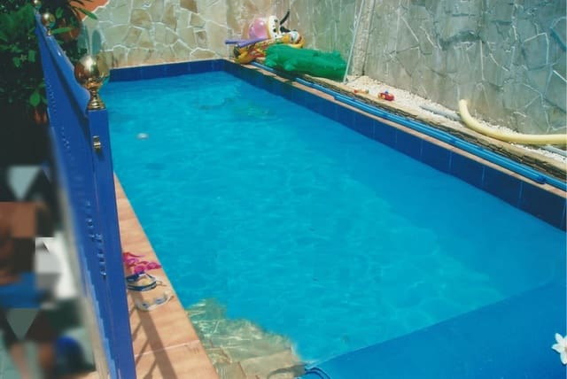 Chalet de 3 habitaciones en San Fernando en venta con piscina garaje - 425.000 € (Ref: 5977105)