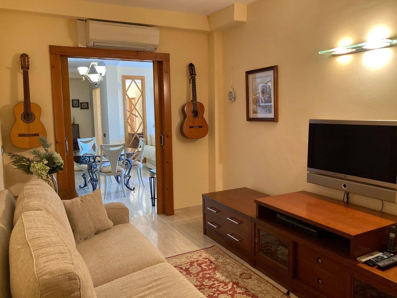 4 quarto Casa em Banda para venda em San Bartolome de Tirajana com piscina garagem - 850 000 € (Ref: 6070483)