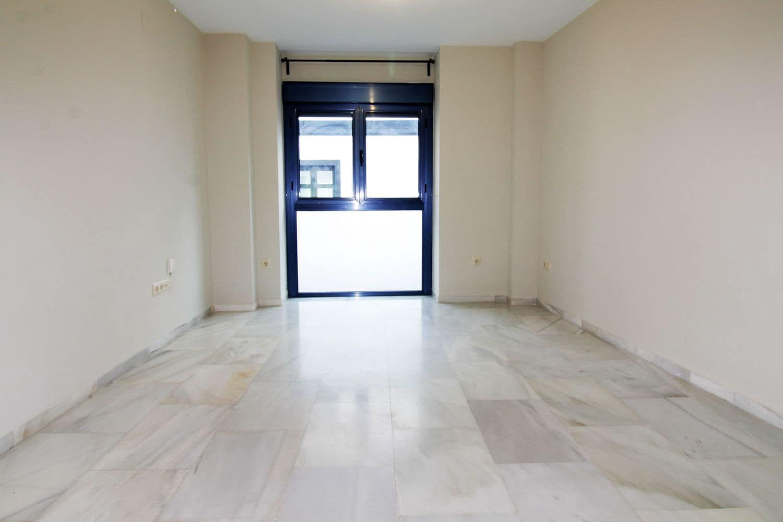 2 quarto Apartamento para arrendar em Fuengirola - 750 € (Ref: 4642894)