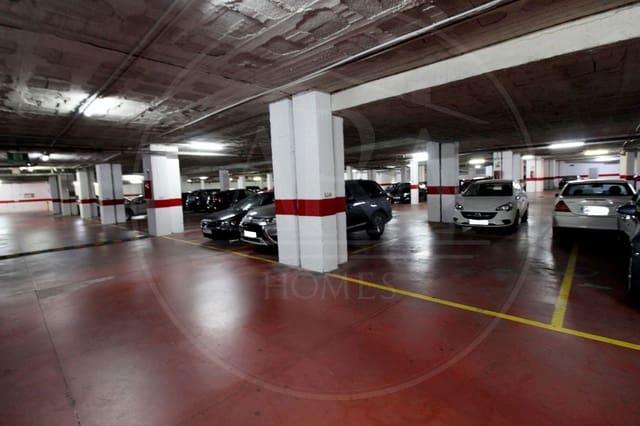 Garage te huur in Fuengirola - € 150 (Ref: 5556993)