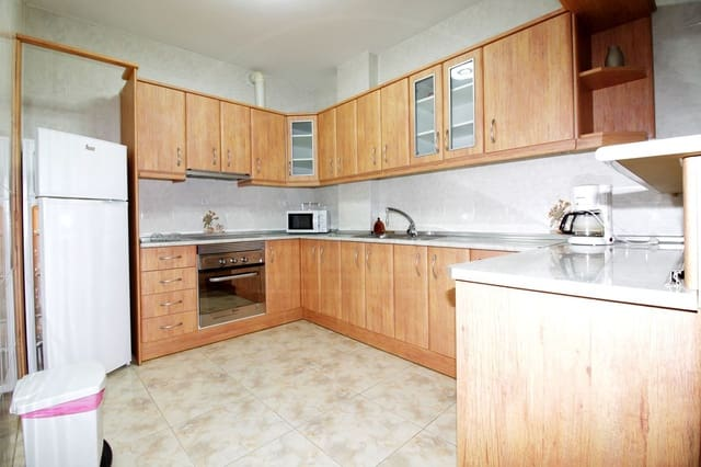 3 soveværelse Lejlighed til leje i La Cala de Mijas - € 900 (Ref: 5980842)