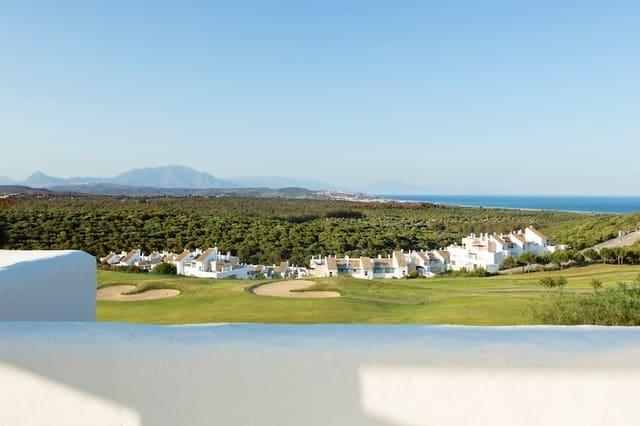 Apartamento de 2 habitaciones en Algeciras en venta con piscina - 220.000 € (Ref: 3464889)