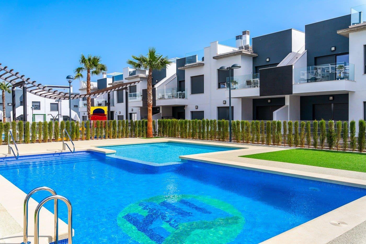 Bungalow de 3 habitaciones en Pilar de la Horadada en venta con piscina - 134.900 € (Ref: 4177958)