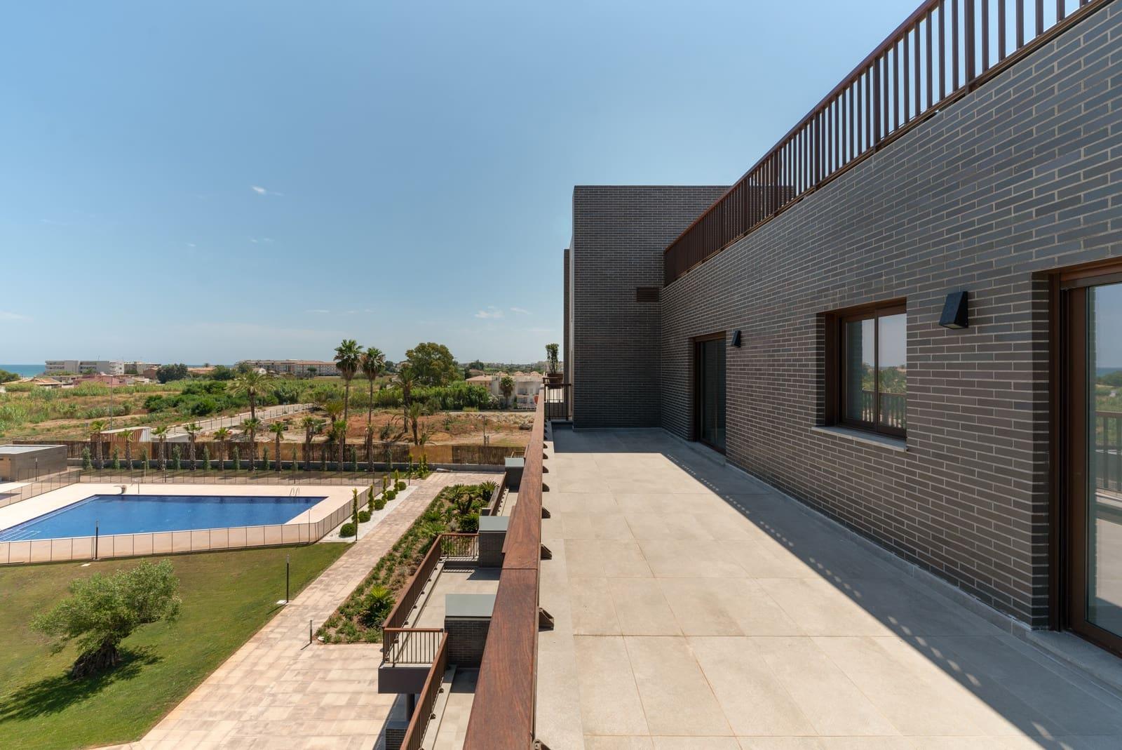 2 bedroom Apartment for sale in Denia - € 164,100 (Ref: 5402767)