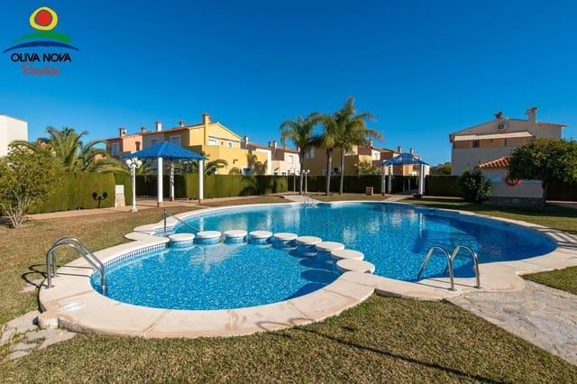 2 sypialnia Bungalow na sprzedaż w Oliva Nova z basenem - 279 181 € (Ref: 6387879)