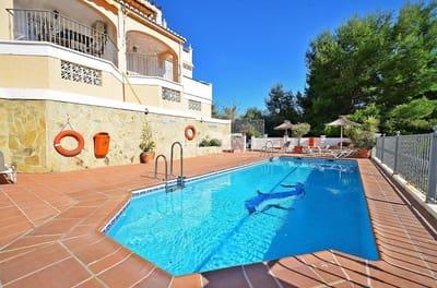 4 Zimmer Reihenhaus zu verkaufen in Nerja mit Pool - 375.000 € (Ref: 4606674)