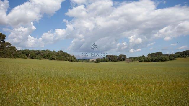 Ubebygd land til salgs i Llubi - € 128 000 (Ref: 5366068)