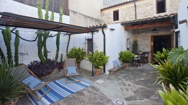 Adosado de 4 habitaciones en Sant Joan en venta con garaje - 340.000 € (Ref: 5712335)