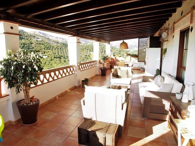 4 chambre Appartement à vendre à Almunecar avec piscine garage - 450 000 € (Ref: 4297980)