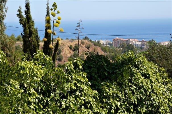 3 bedroom Villa for sale in Marbella with pool garage - € 625,000 (Ref: 4961766)