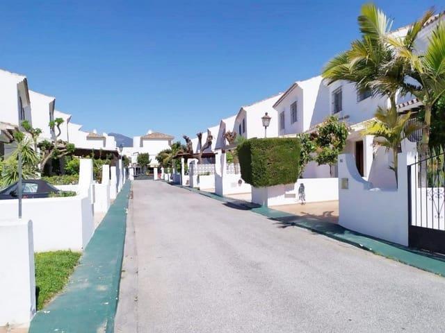 Casa de 3 habitaciones en San Pedro de Alcantara en venta con piscina - 385.000 € (Ref: 4986283)