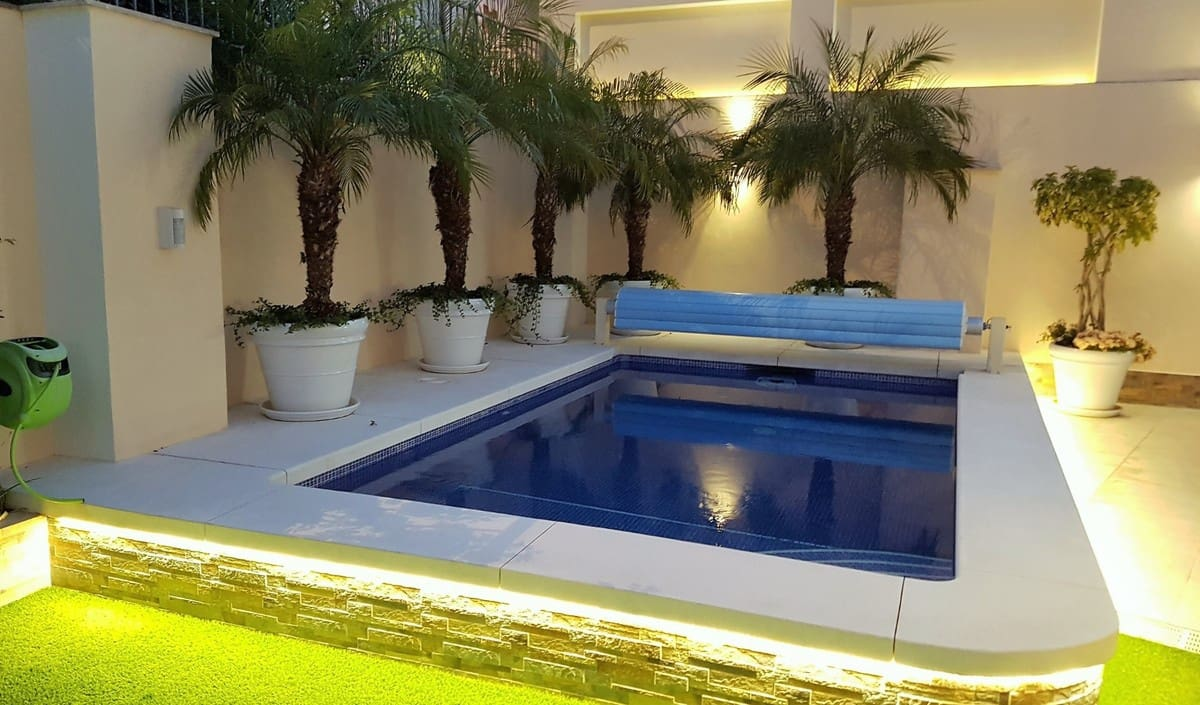 4 Zimmer Villa zu verkaufen in San Pedro de Alcantara mit Pool Garage - 1.200.000 € (Ref: 5044770)