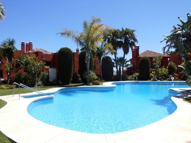 1 quarto Apartamento para venda em Calahonda com piscina garagem - 150 000 € (Ref: 5166814)