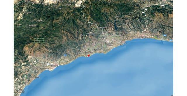 4 quarto Moradia para venda em Costalita com piscina garagem - 1 350 000 € (Ref: 6085673)