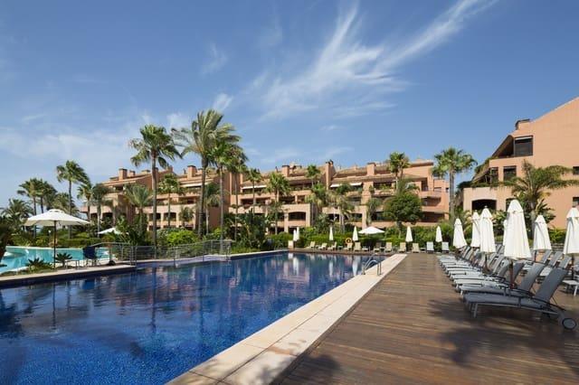 2 quarto Apartamento para venda em Puerto Banus com piscina garagem - 1 599 000 € (Ref: 6110127)