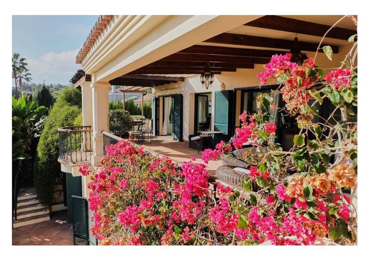 4 bedroom Villa for sale in Sotogrande with pool - € 835,000 (Ref: 6299772)