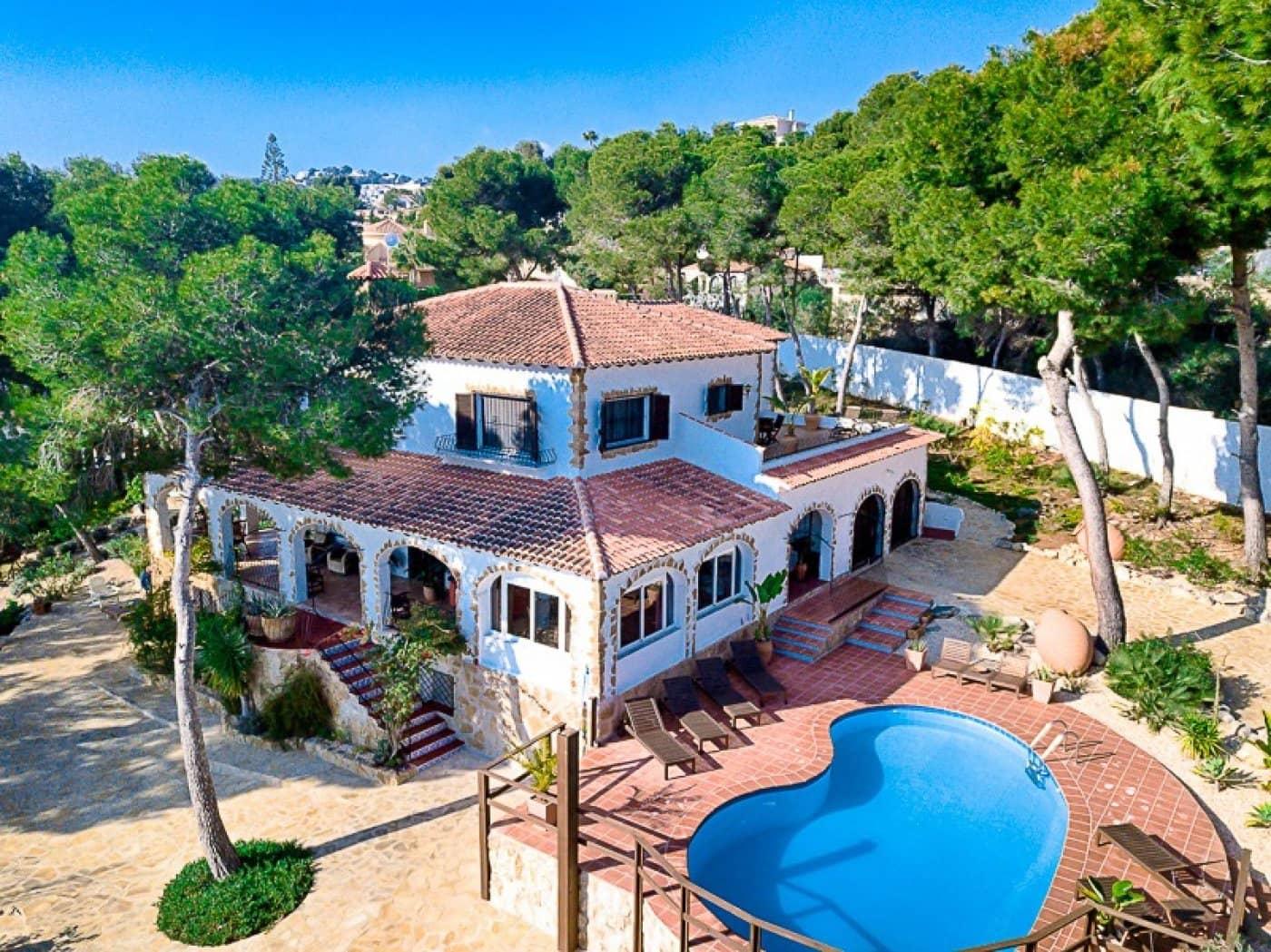 4 soveværelse Finca/Landehus til salg i Moraira med swimmingpool - € 1.100.000 (Ref: 5040661)