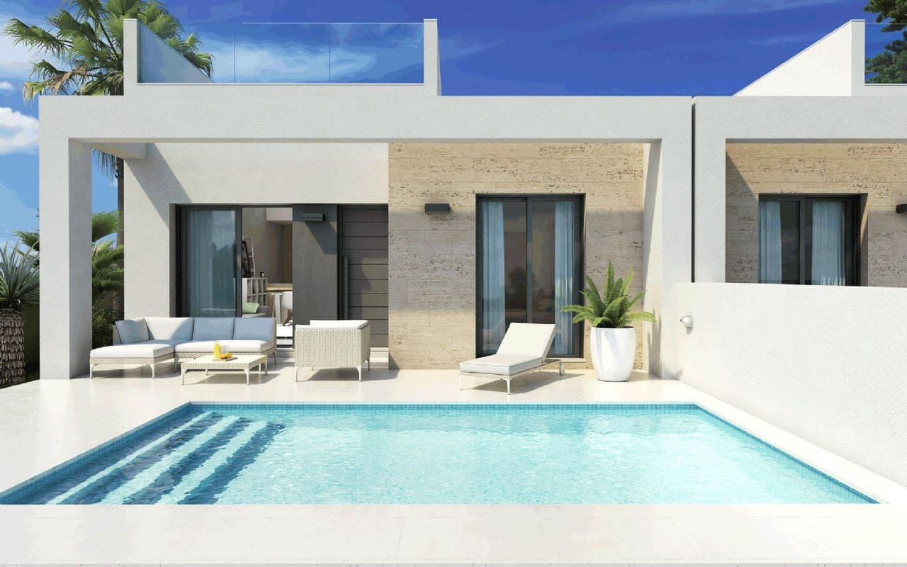 2 bedroom Bungalow for sale in Daya Nueva with pool - € 194,000 (Ref: 3977527)