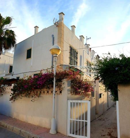 4 slaapkamer Halfvrijstaande villa te huur in Guardamar del Segura - € 1.000 (Ref: 5593479)